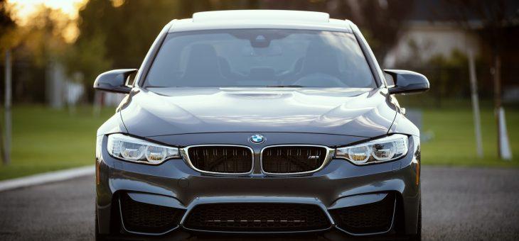 Jak wybrać odpowiednią wypożyczalnię aut?