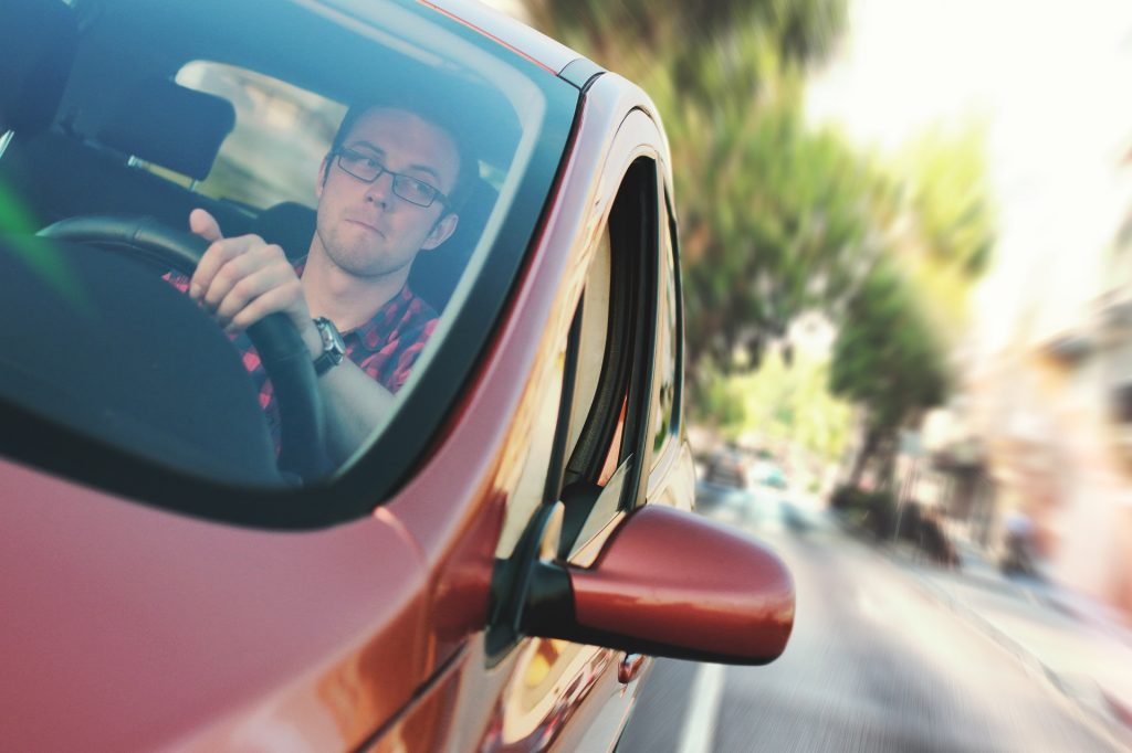 Kierowca wynajętego auta